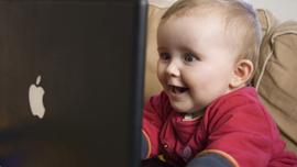 パパママ必見!赤ちゃんがピタッと泣き止む魔法の動画