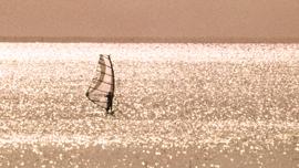 動画で学ぶ、知らないとかっこ悪い「湘南の海」の違い