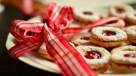 メルティーキッスにアルフォート。冬期限定お菓子のCM&Web動画は、冬っぽくてテンション上がる