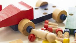 子どもの能力を伸ばす知育おもちゃの動画