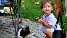 最強タッグ!「赤ちゃん×犬」ってどうしてこんなに癒されるの