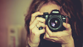 DSLRのYouTube動画CM3選!あなたはどのカメラのファンですか?