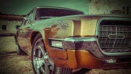 豪華すぎてみてしまう!かっこいいボンドカーやスポーツタイプの車ばかりがCMに登場する海外CM